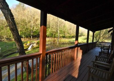 falling water farm vacation rental covered porch